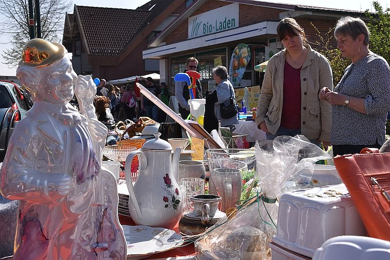 Wardenburger Frühlingsmarkt  mit Flohmarkt 2