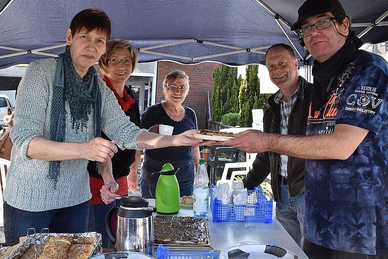 Wardenburger Frühlingsmarkt  mit Flohmarkt Speisekammer